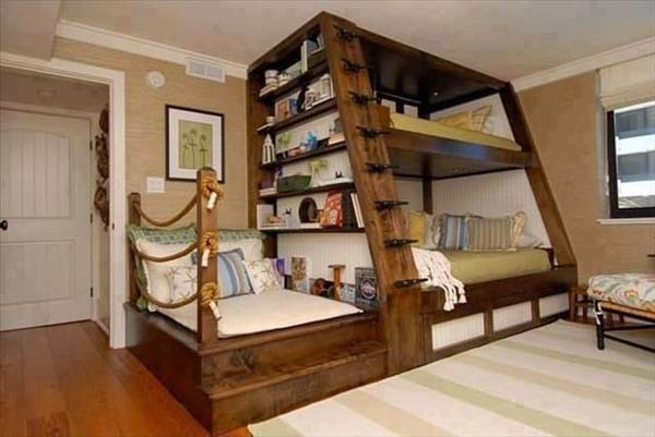 3.) This may be the world's most epic bunk bed.