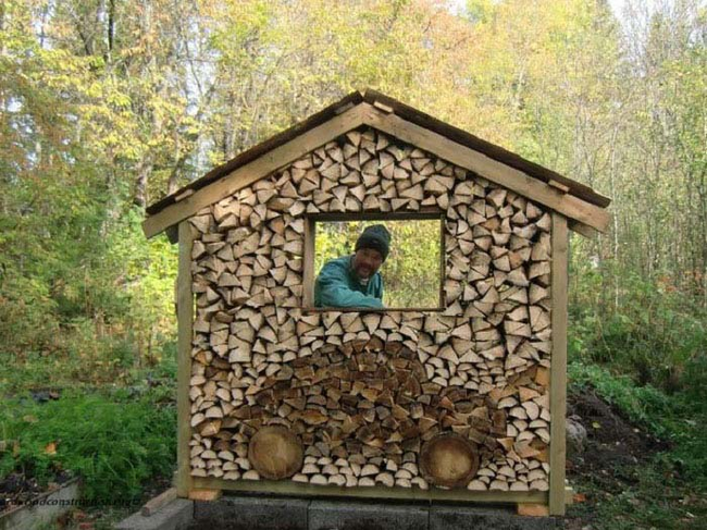Now that's a wood shed.